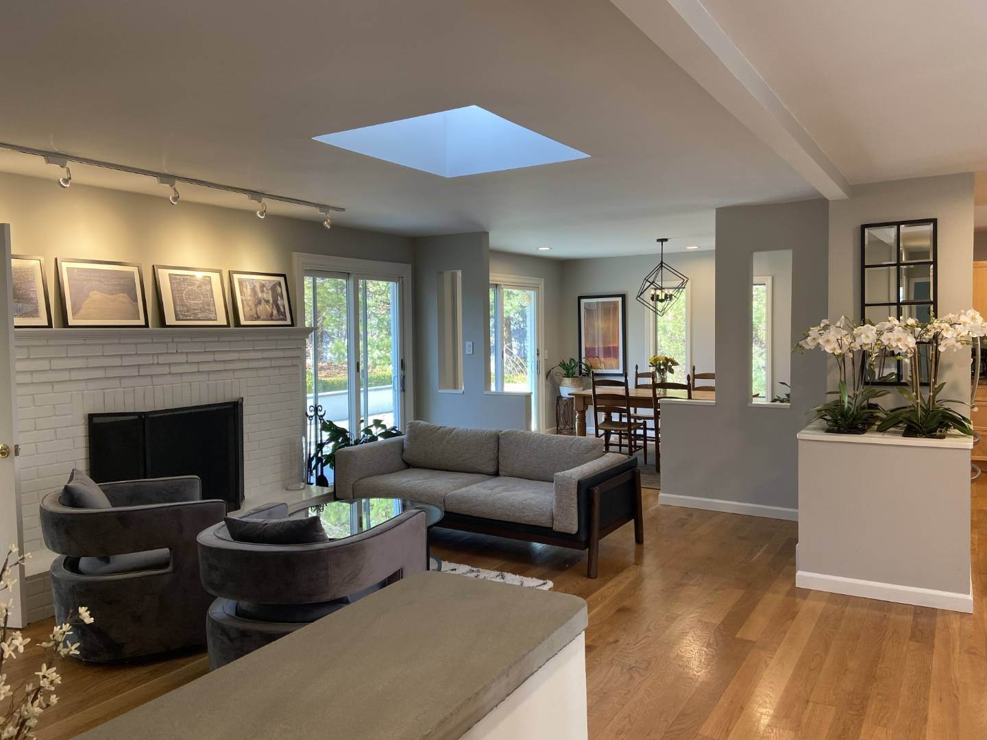 3. Single Family Home at Clean And Cool In Hampton Waters East Hampton, NY 11937