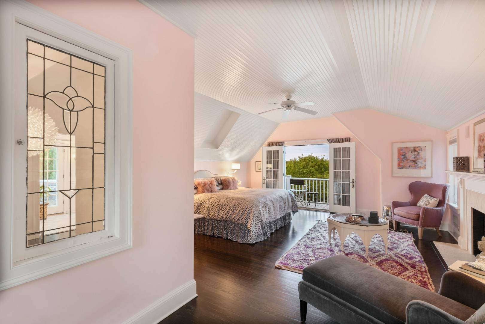 11. Single Family Home at Pristine Beach House Moments To The Ocean Amagansett, NY 11930