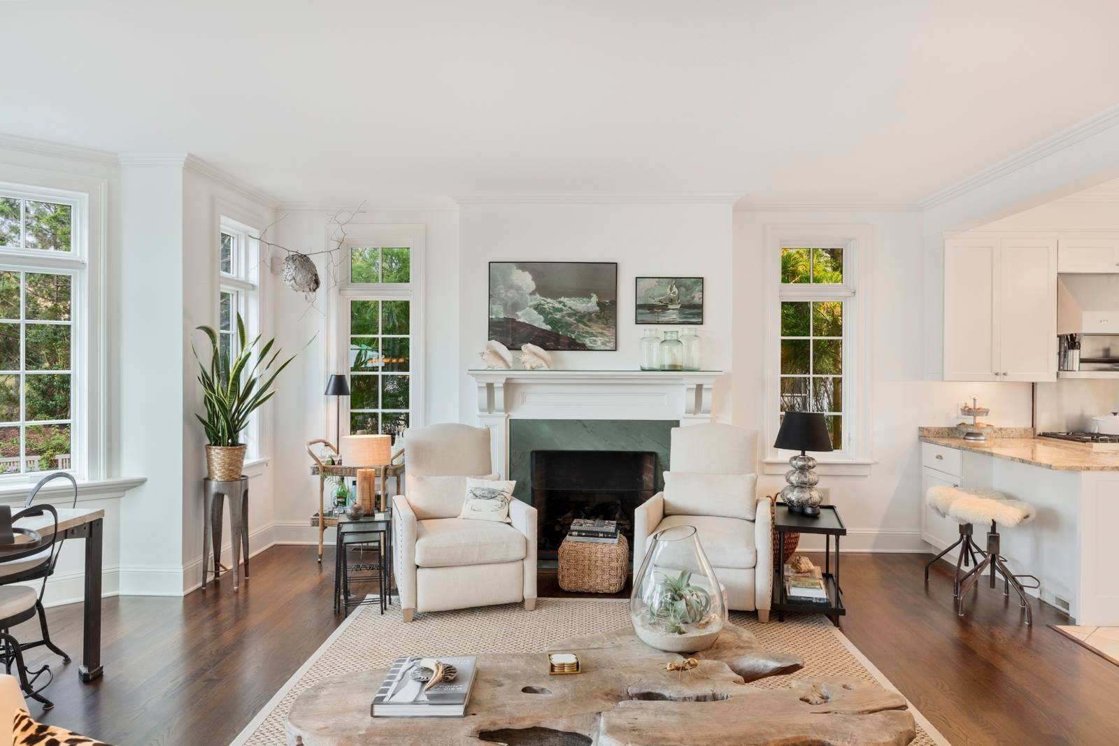 5. Single Family Home at Pristine Beach House Moments To The Ocean Amagansett, NY 11930