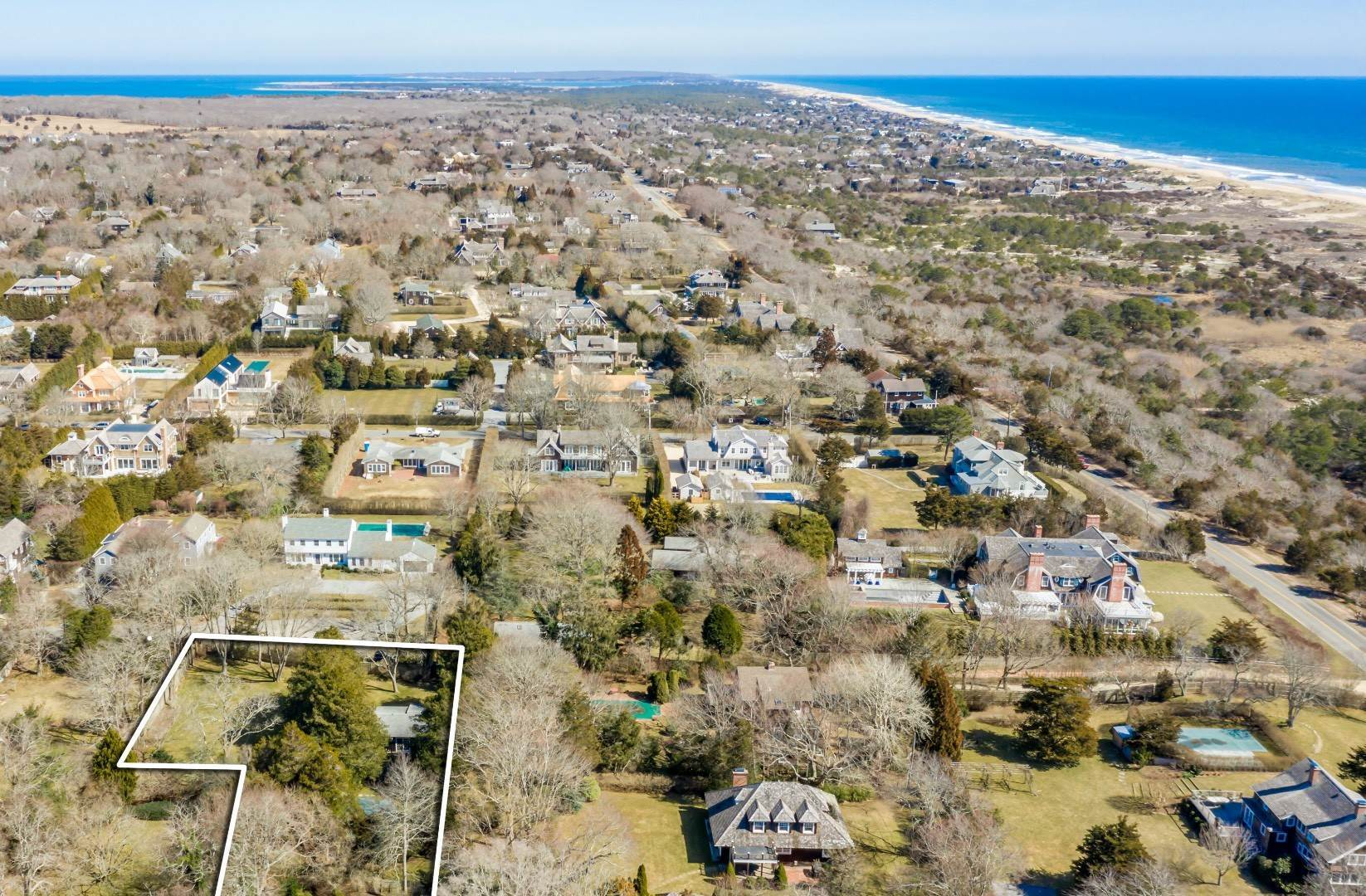Single Family Home for Sale at Prime Location In The Amagansett Lanes 7 Gansett Lane, Amagansett, NY 11930