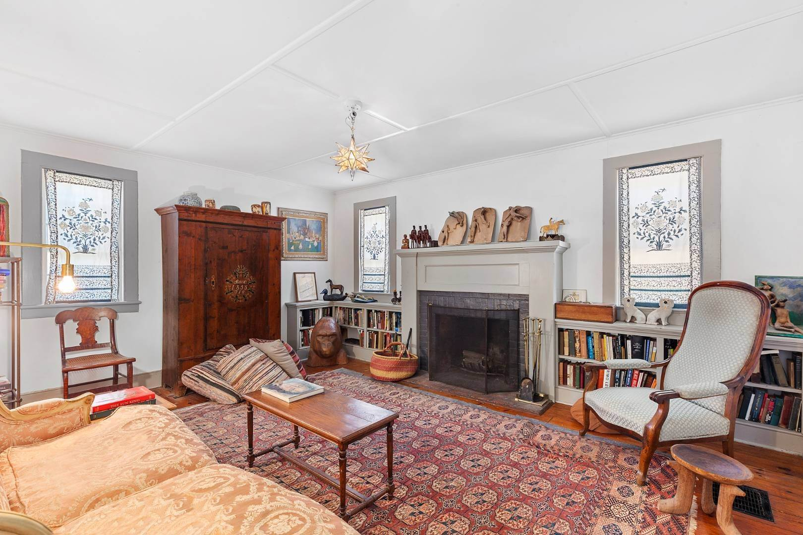 4. Single Family Home for Sale at Sag Harbor, NY 11963