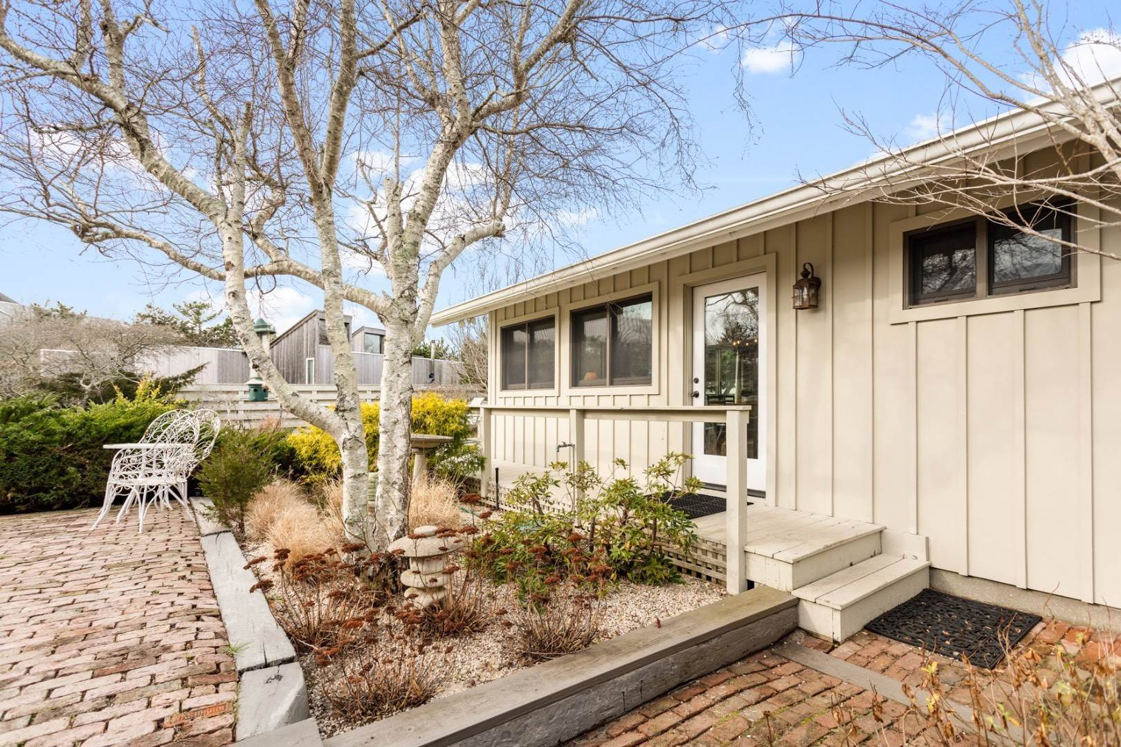 2. Single Family Home at Summer In The Dunes Amagansett, NY 11930
