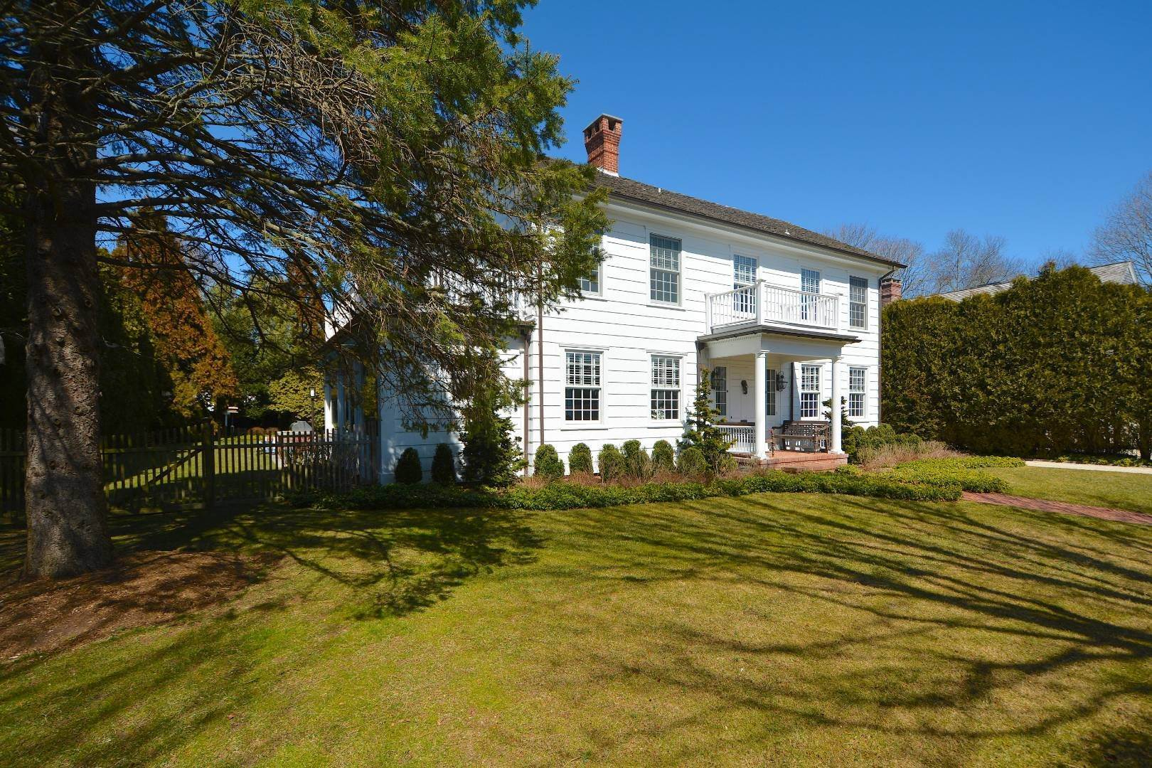 3. Single Family Home at Classic Herrick Road Home With Pool 75 Herrick Road, Southampton, NY 11968