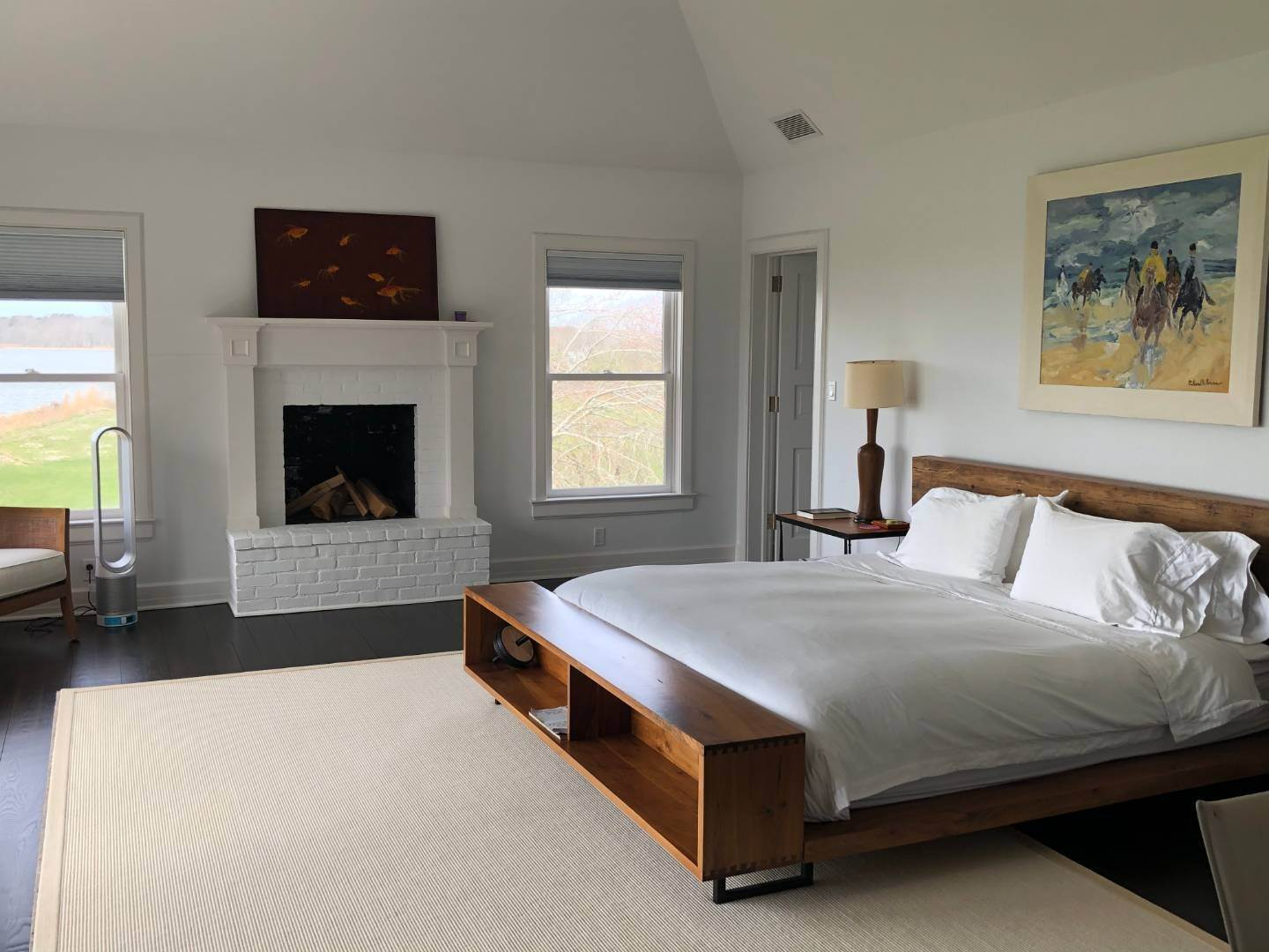 11. Single Family Home at New Renovation On Georgica Pond 24 Chauncey Close Rd, East Hampton, NY 11937