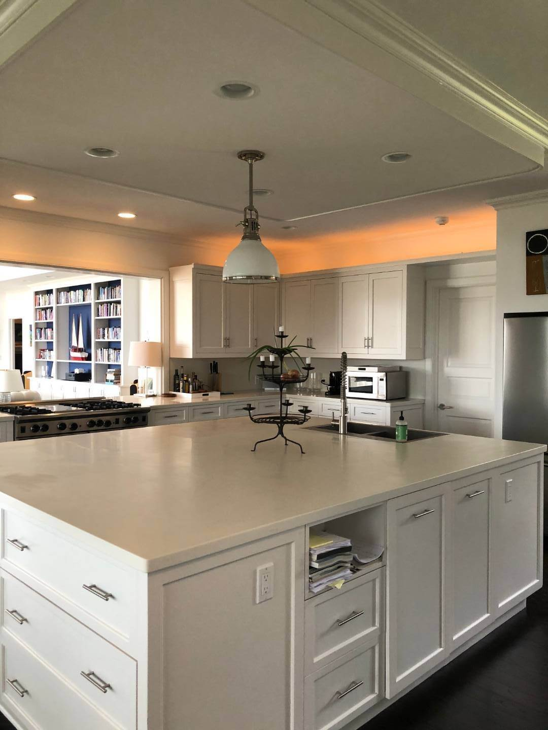 9. Single Family Home at New Renovation On Georgica Pond 24 Chauncey Close Rd, East Hampton, NY 11937