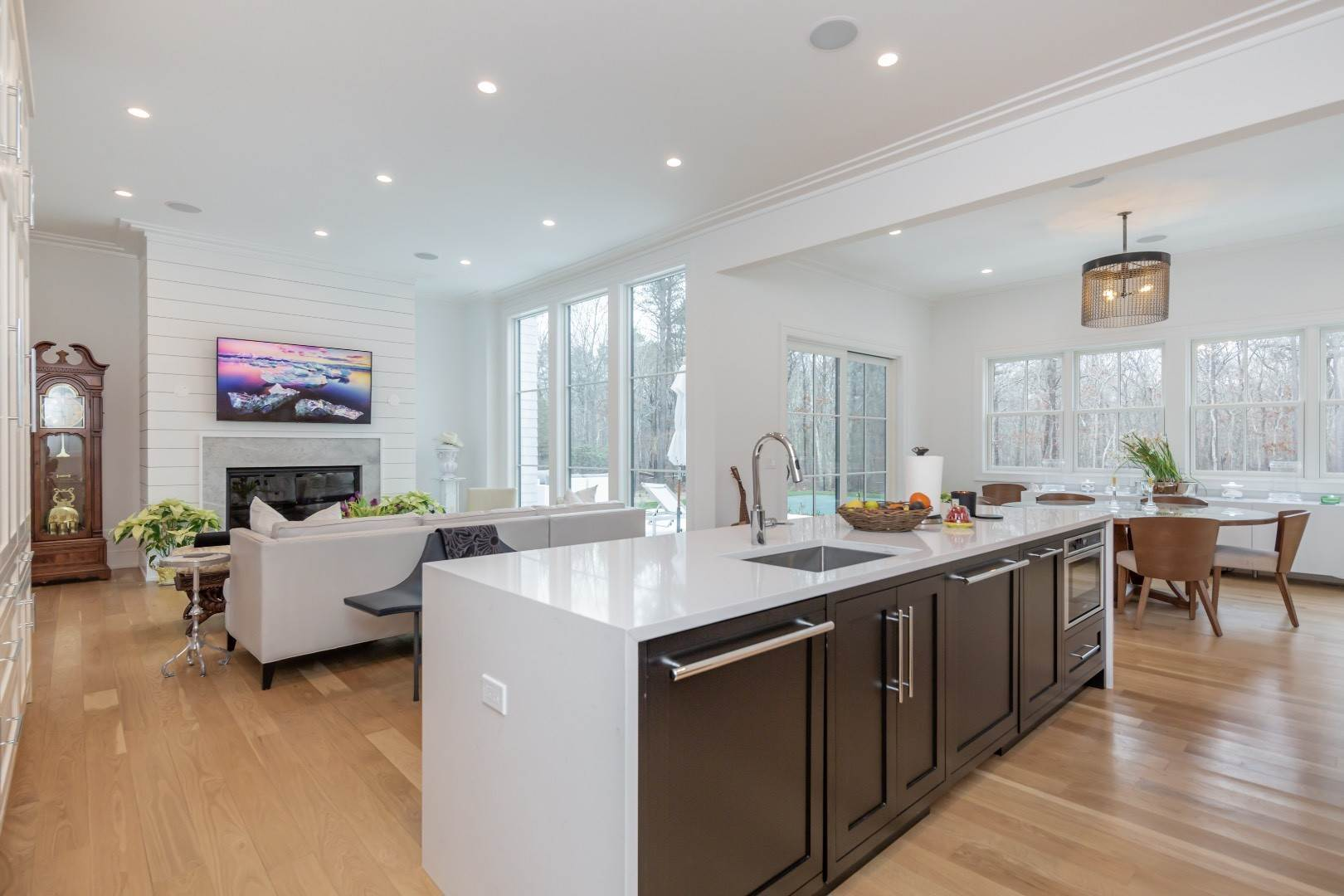 3. Single Family Home at Stunning Wainscott New Construction Wainscott, NY 11975