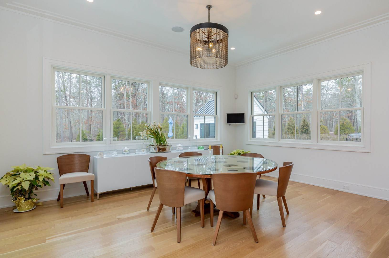 6. Single Family Home at Stunning Wainscott New Construction Wainscott, NY 11975