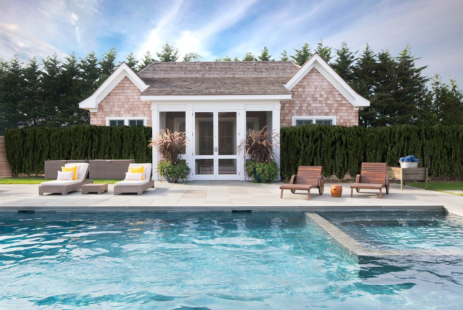 21. Single Family Home at Bridgehampton South Masterpiece 38 West Pond Drive, Bridgehampton, NY 11932