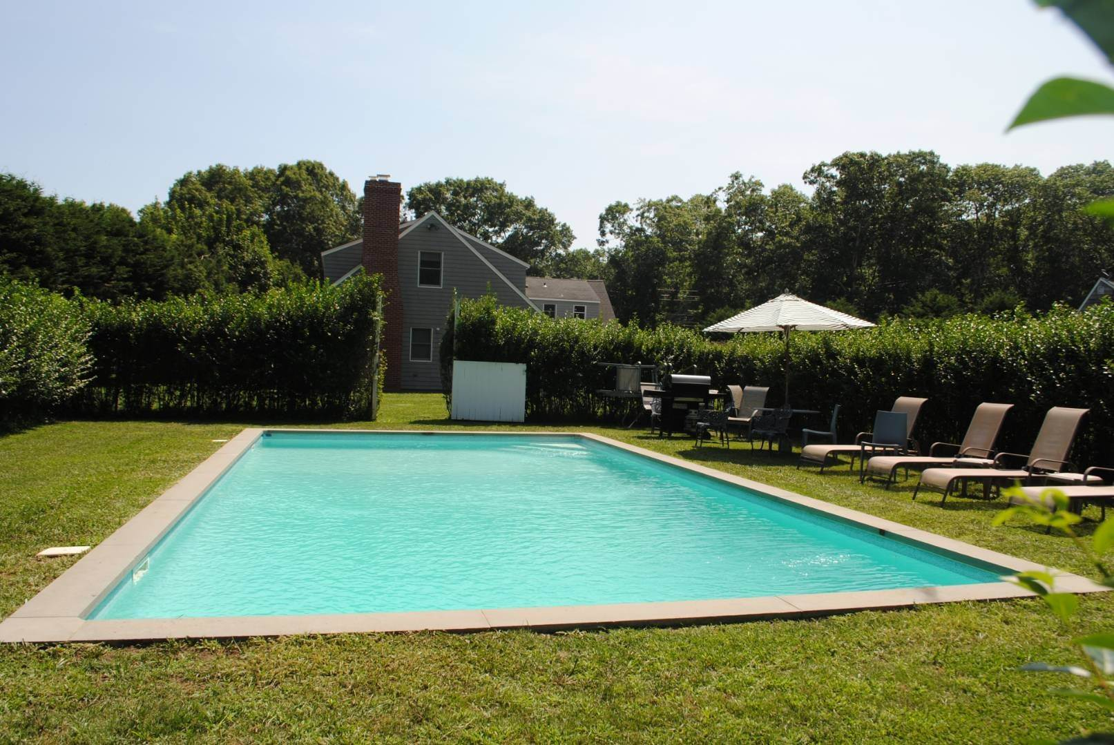 14. Single Family Home at Close To The Village Of East Hampton East Hampton, NY 11937