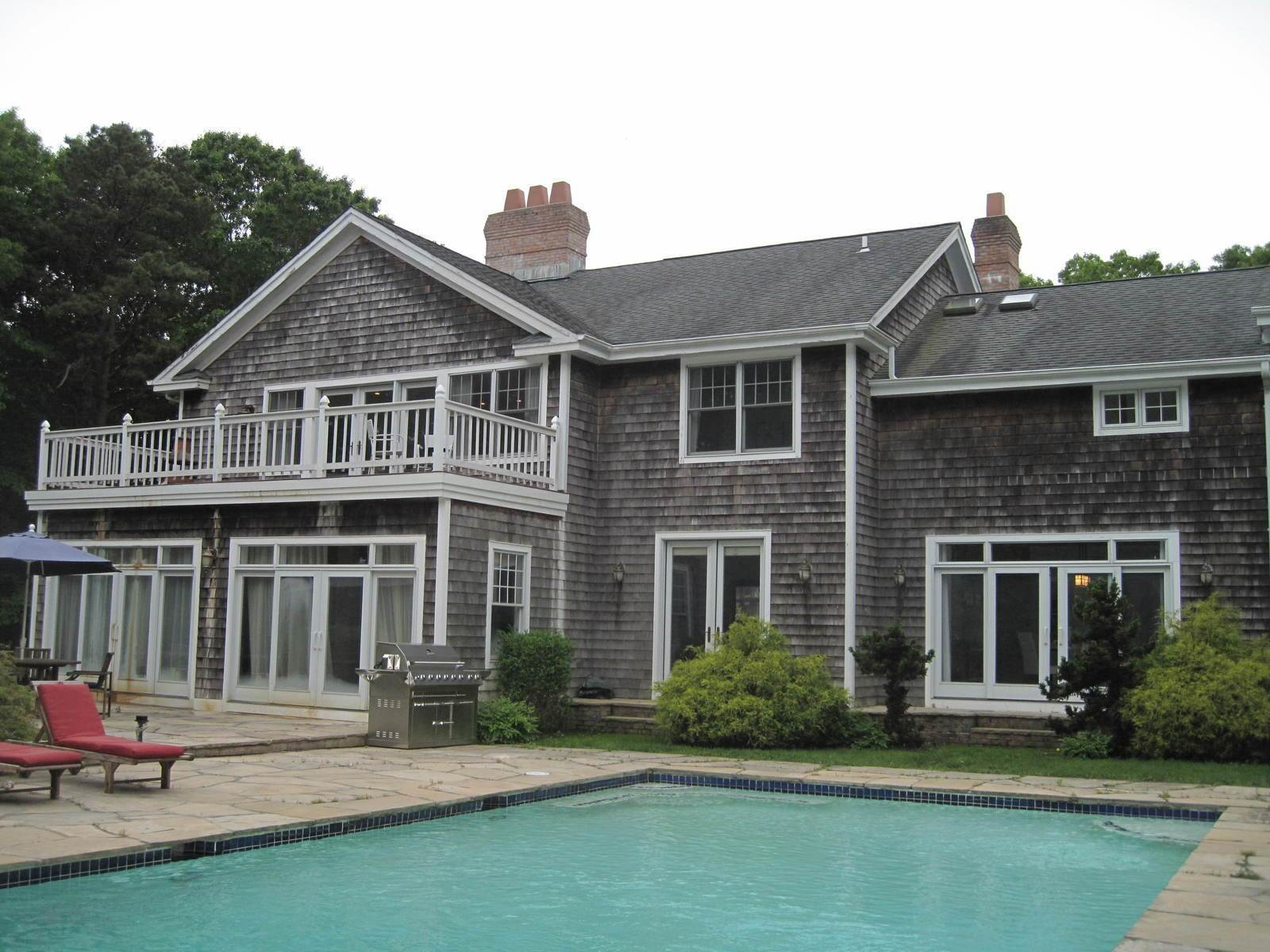 2. Single Family Home at Unique 5 Br Wainscott S Nice Location Wainscott, NY 11975