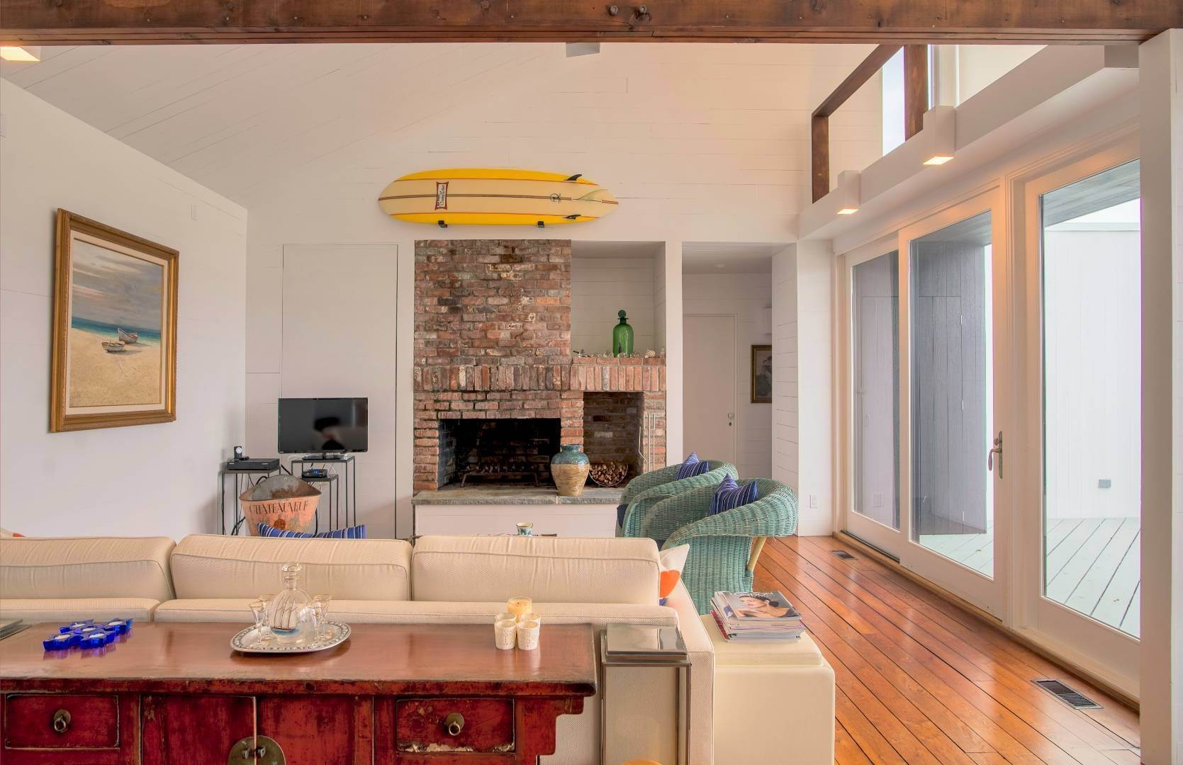 5. Single Family Home at Sagaponack Waterfront And Ocean Views Sagaponack Village, NY 11962