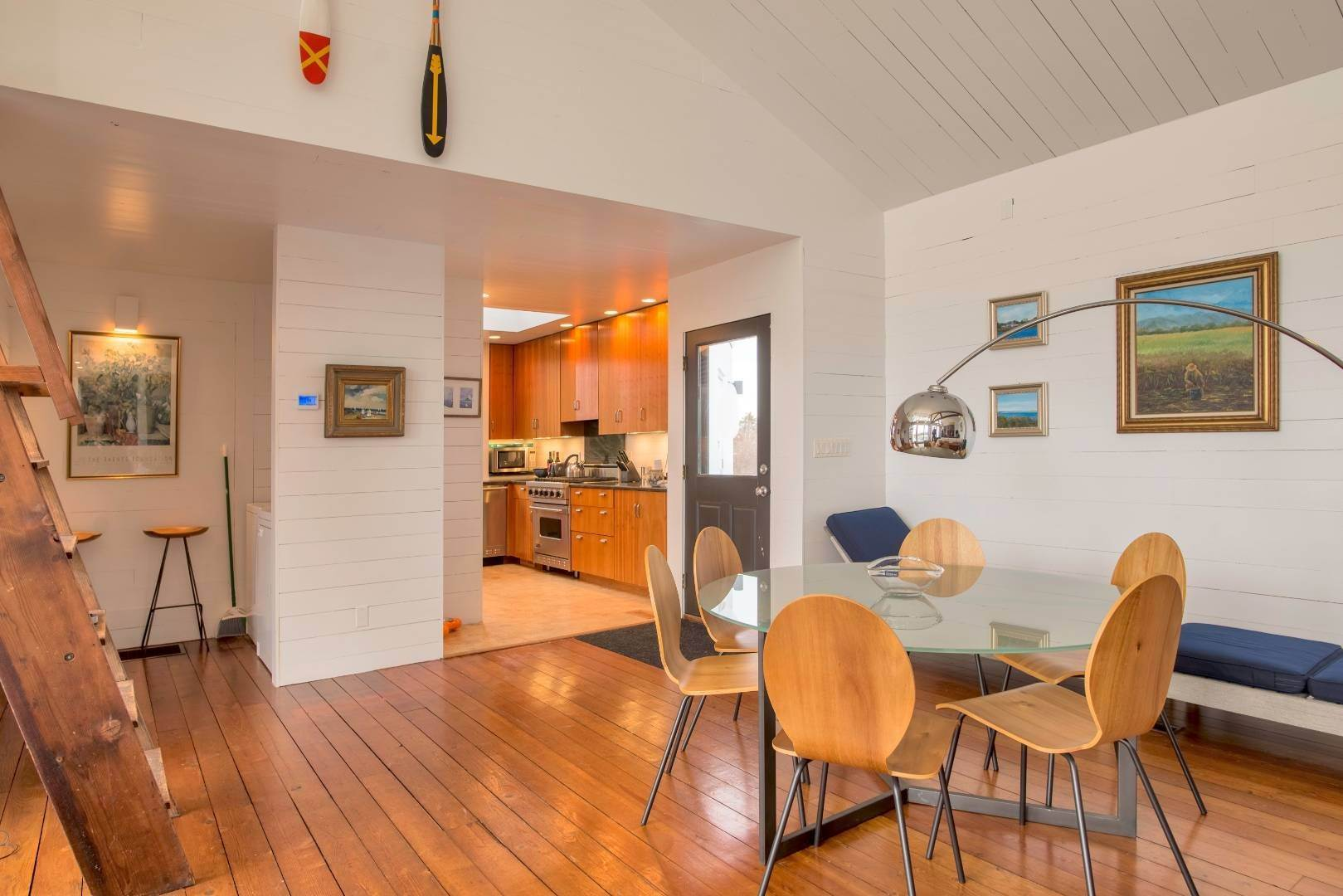 7. Single Family Home at Sagaponack Waterfront And Ocean Views Sagaponack Village, NY 11962