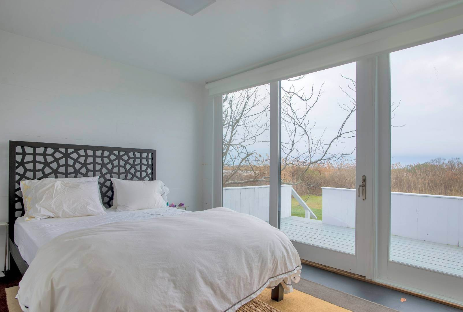 10. Single Family Home at Sagaponack Waterfront And Ocean Views Sagaponack Village, NY 11962