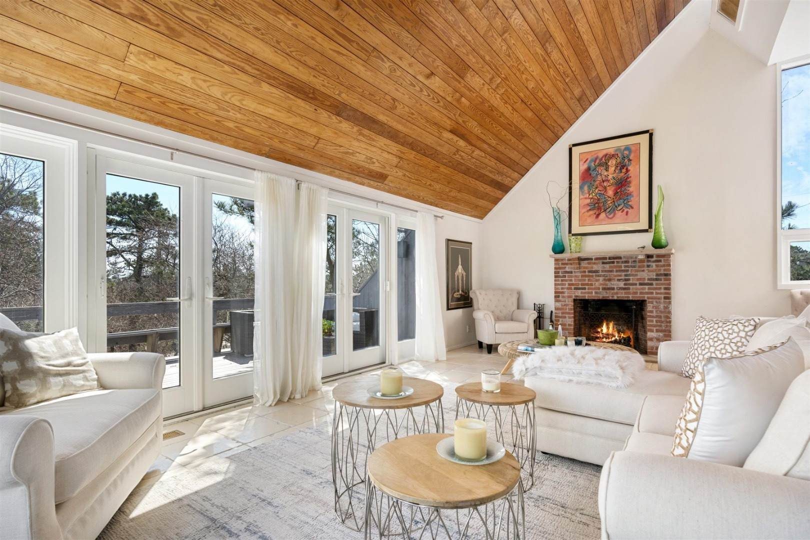 4. Single Family Home at Hamptons Rental Ocean Side Contemporary In Amagansett 49 Gilberts Path, Napeague, NY 11930