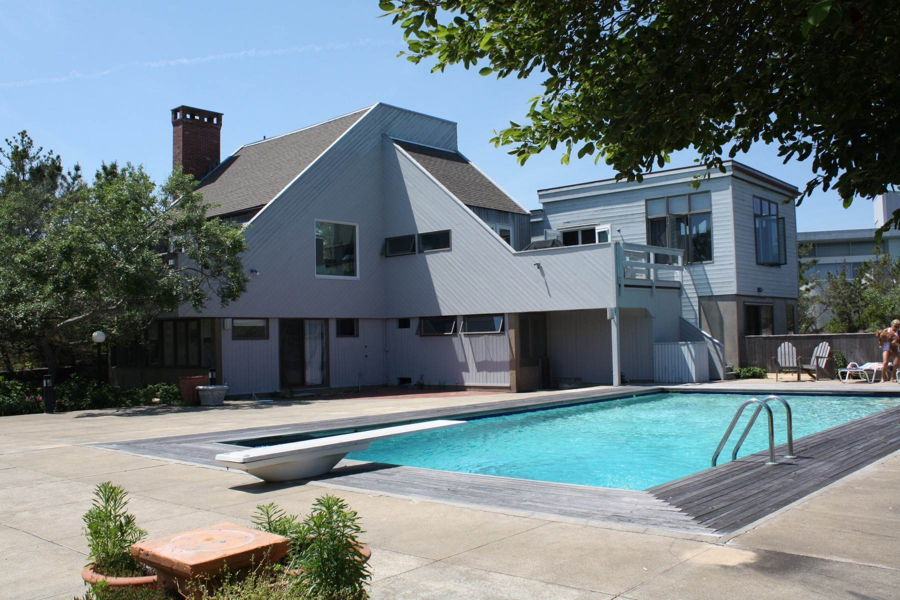 2. Single Family Home at Hamptons Rental Ocean Side Contemporary In Amagansett 49 Gilberts Path, Napeague, NY 11930