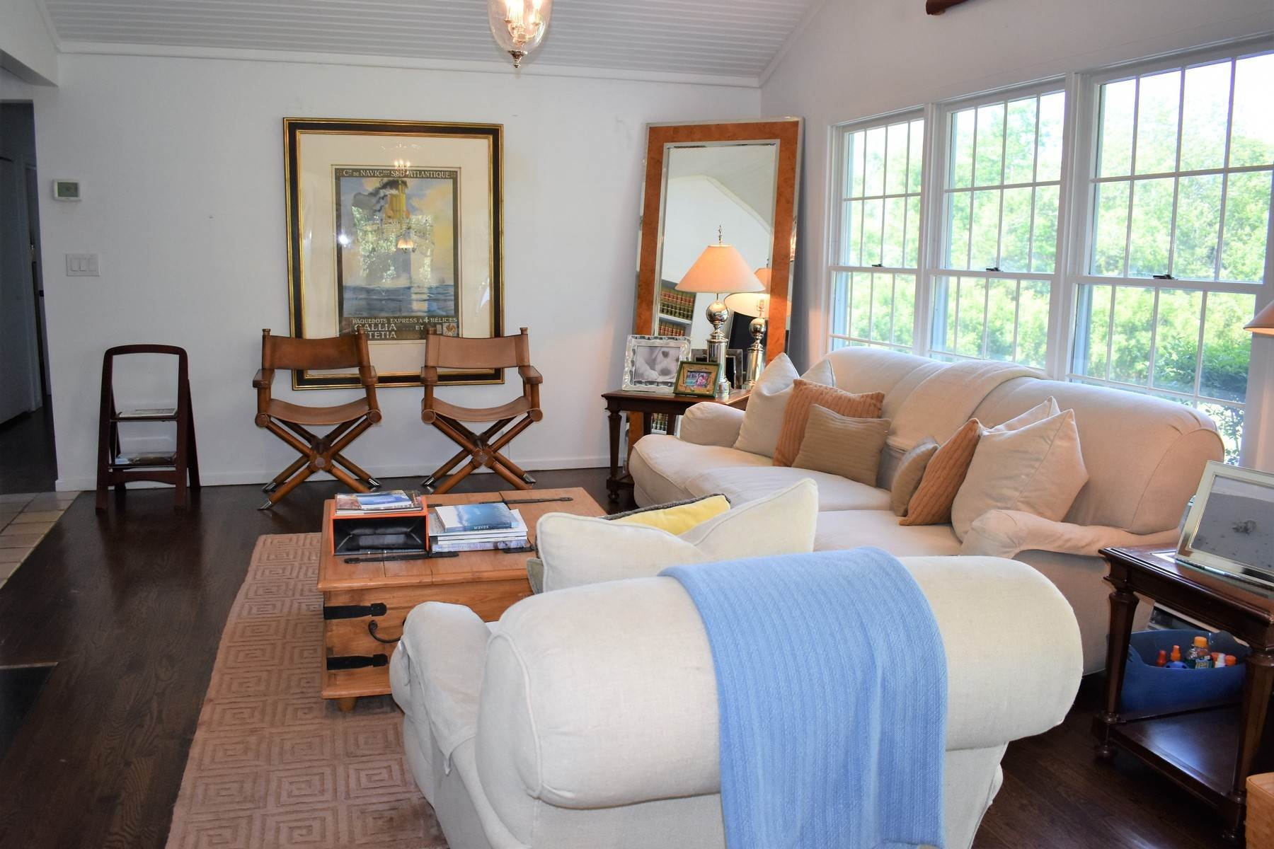 6. Single Family Home at Lovely 3br Country Style Water Mill Home Water Mill, NY 11976