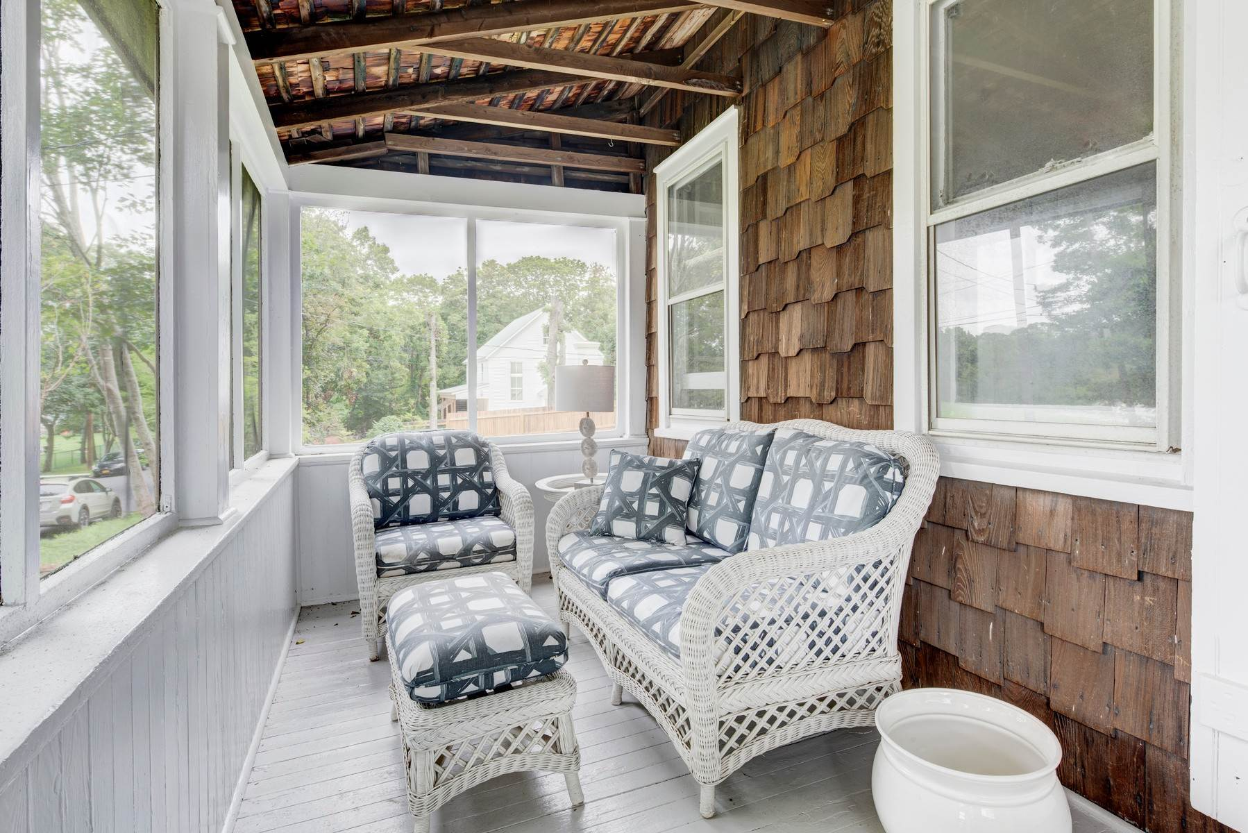 7. Single Family Home at Sag Harbor Village Year Round Rental Sag Harbor, NY 11963