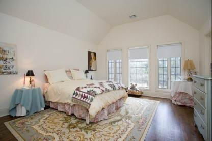 19. Single Family Home at Sag Harbor Tuscan Villa 4 Br W Pool Sag Harbor, NY 11963