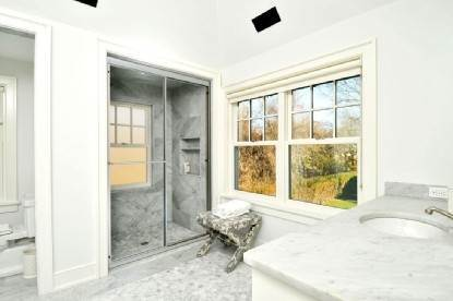 6. Single Family Home at East Hampton Village Area, 5 Bd, Pool East Hampton, NY 11937
