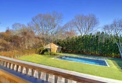2. Single Family Home at East Hampton Village Area, 5 Bd, Pool East Hampton, NY 11937
