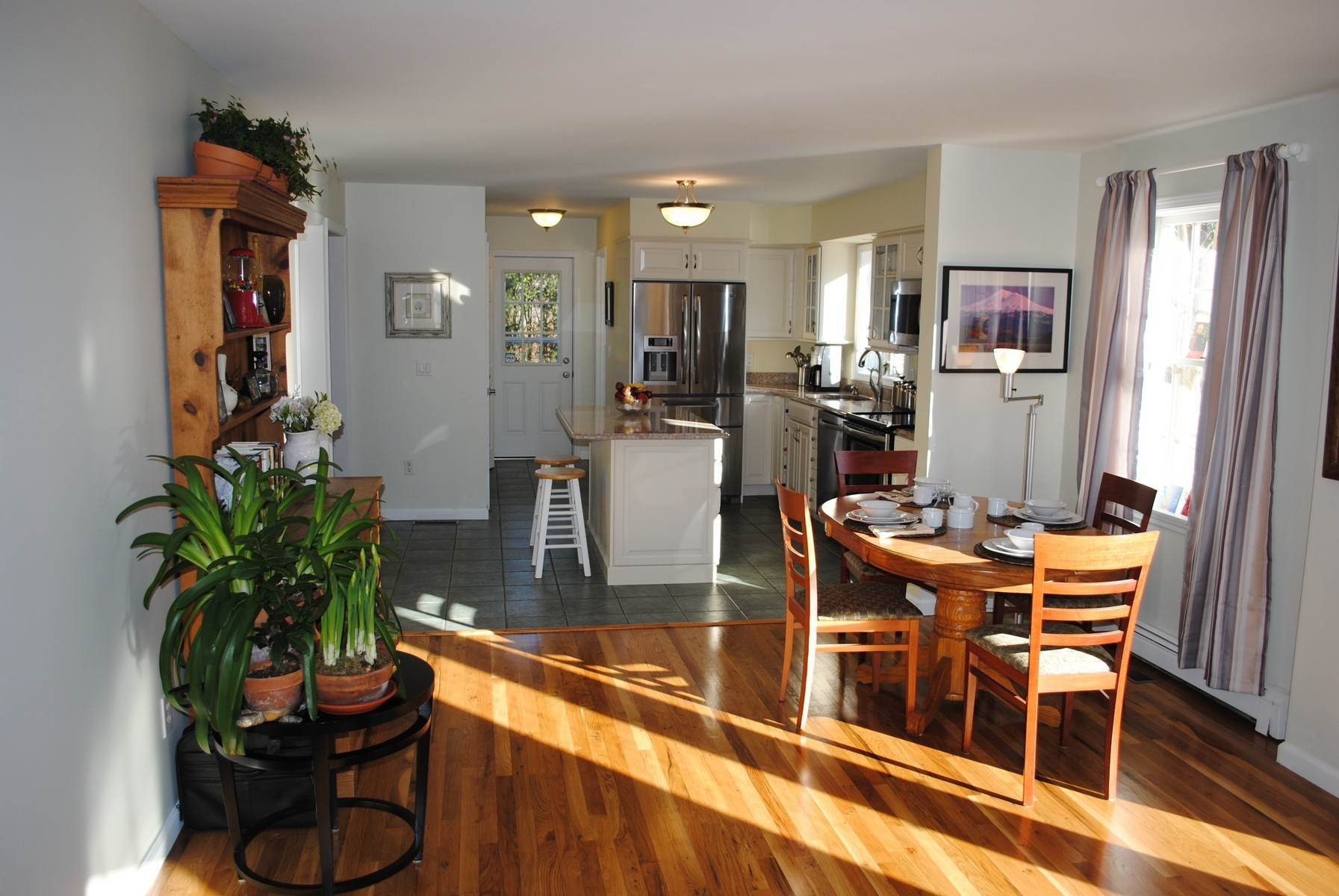 4. Single Family Home at Minutes To Southampton Village Southampton, NY 11968