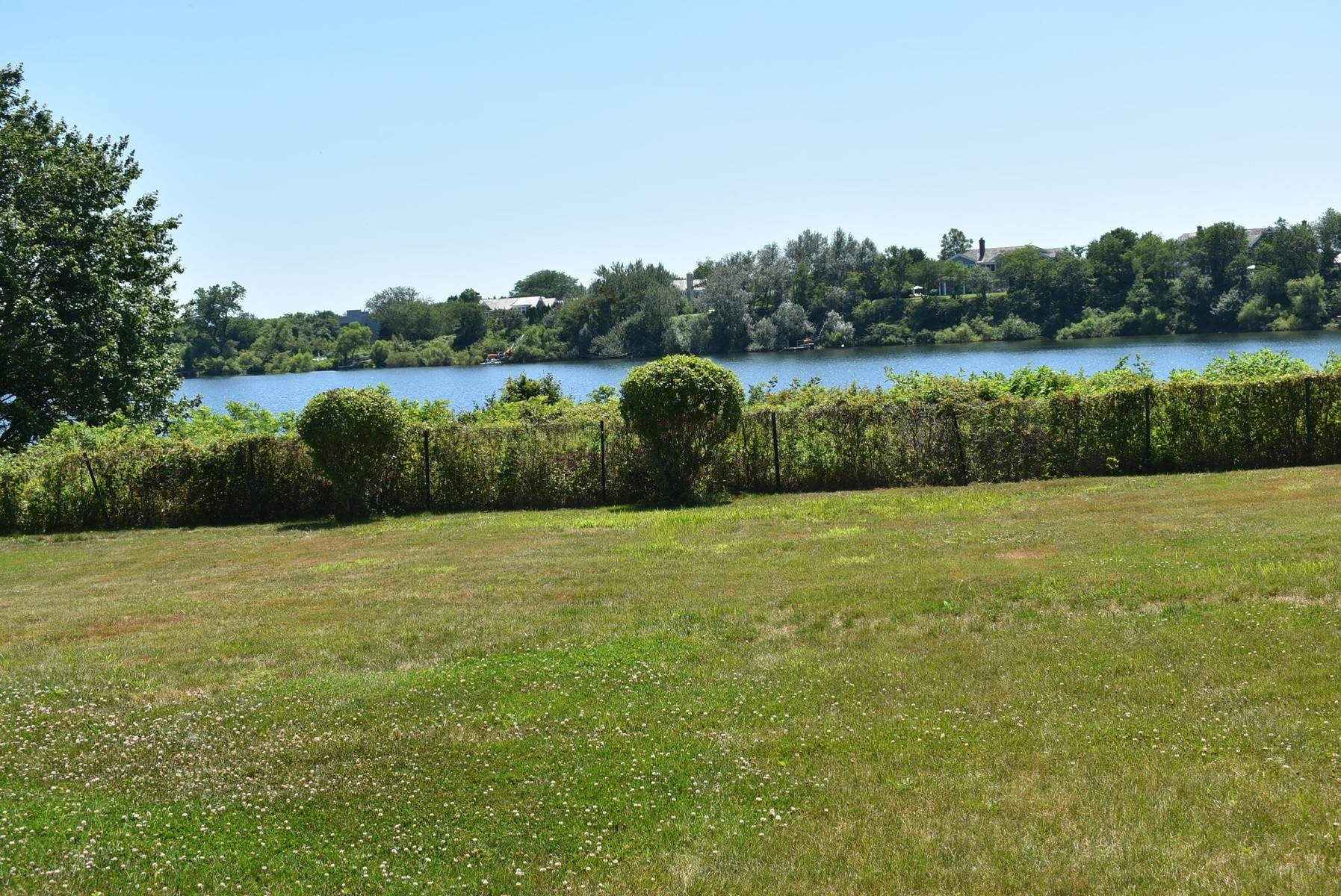 5. Single Family Home at Pond Front South Of The Highway Bridgehampton, NY 11932
