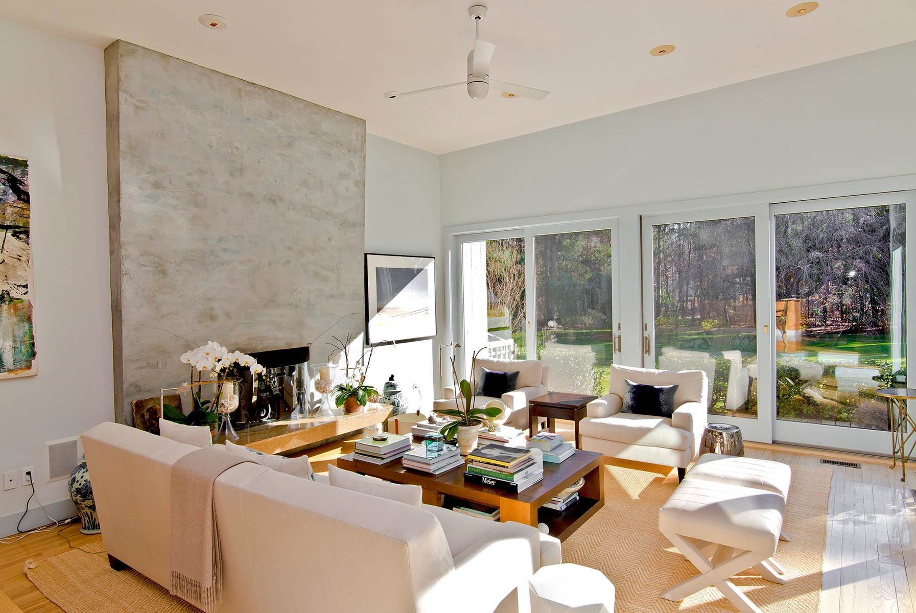 5. Single Family Home at Wainscott South Modern Wainscott, NY 11975