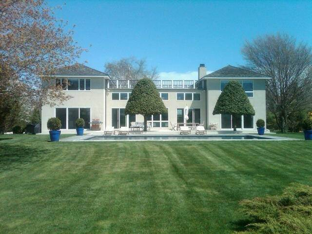 22. Single Family Home at Modern On Reserve - Water Mill South Water Mill, NY 11976