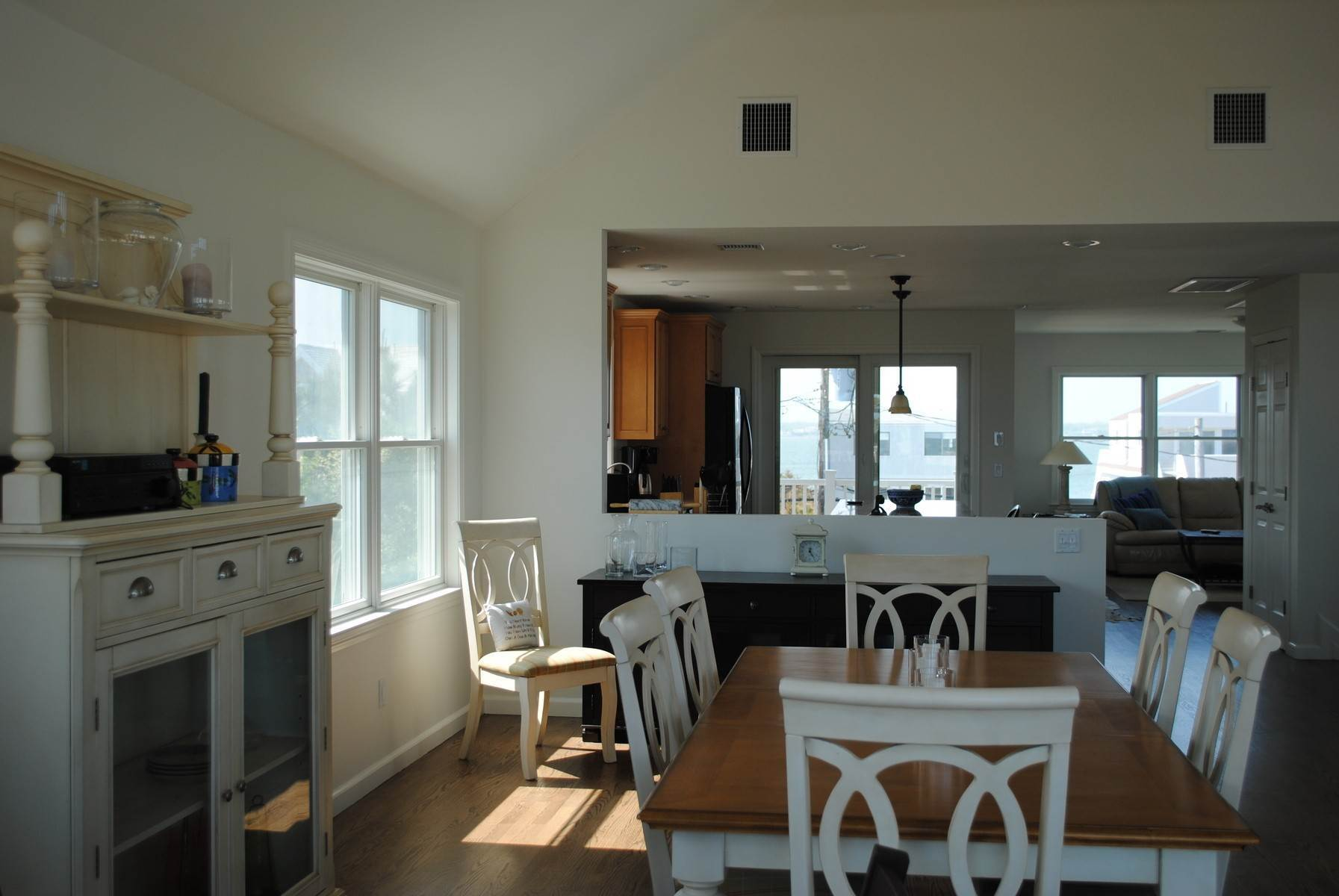 4. Single Family Home at Dune Road Oceanfront Westhampton Westhampton, NY 11977