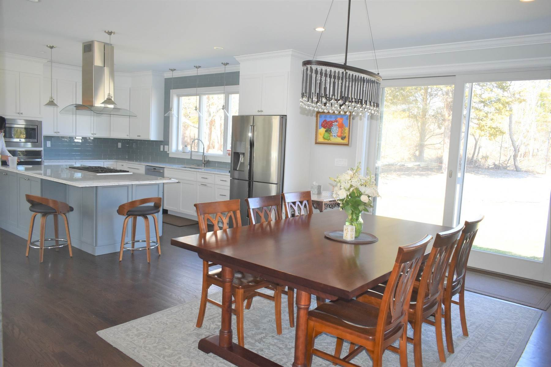 7. Single Family Home at Southampton Village Beauty Southampton, NY 11968