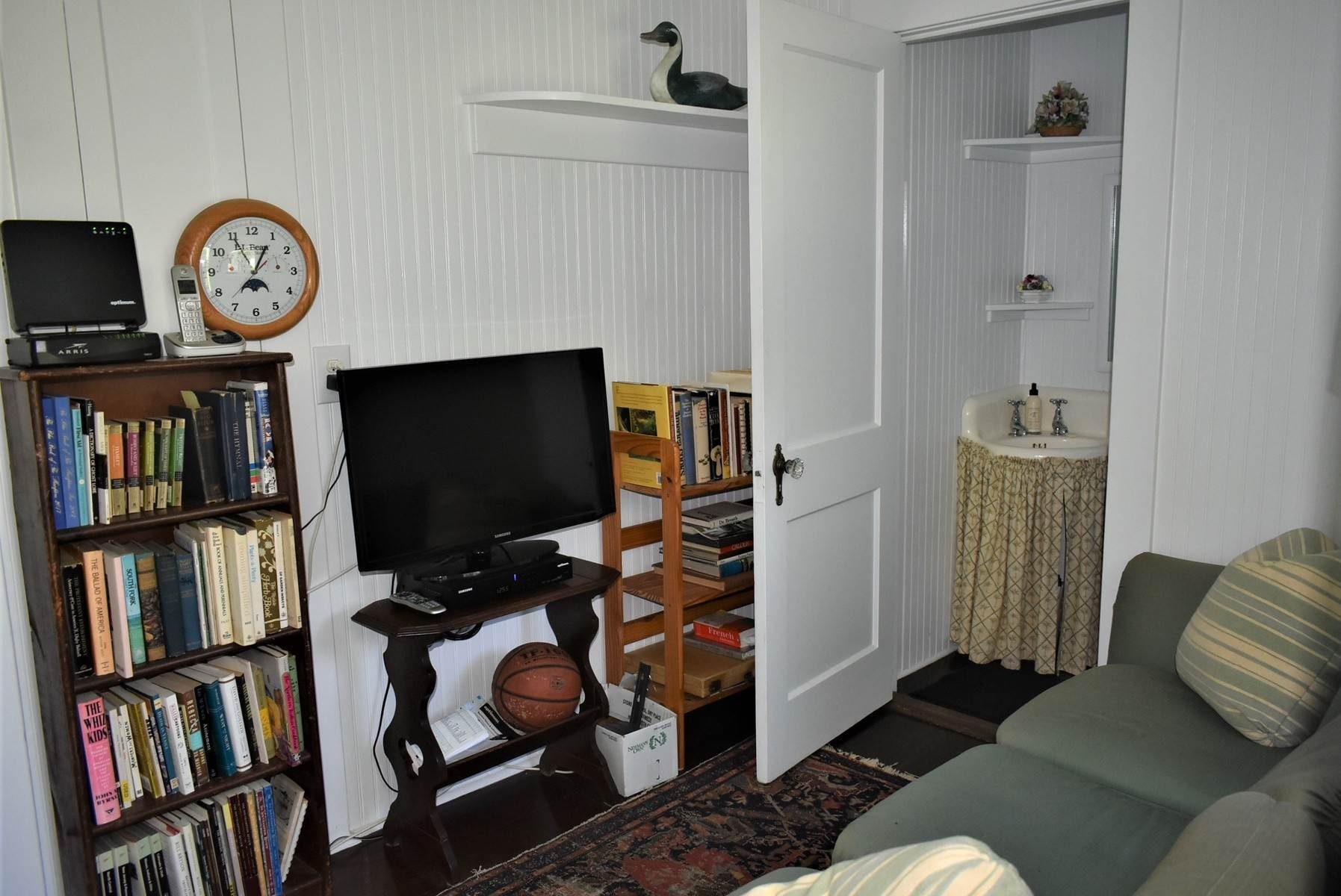12. Single Family Home at Southampton Village Rental Southampton, NY 11968