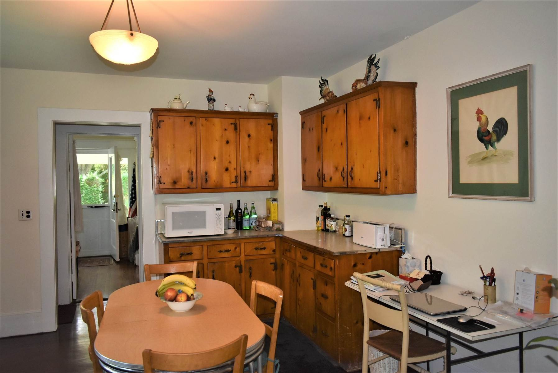 6. Single Family Home at Southampton Village Rental Southampton, NY 11968
