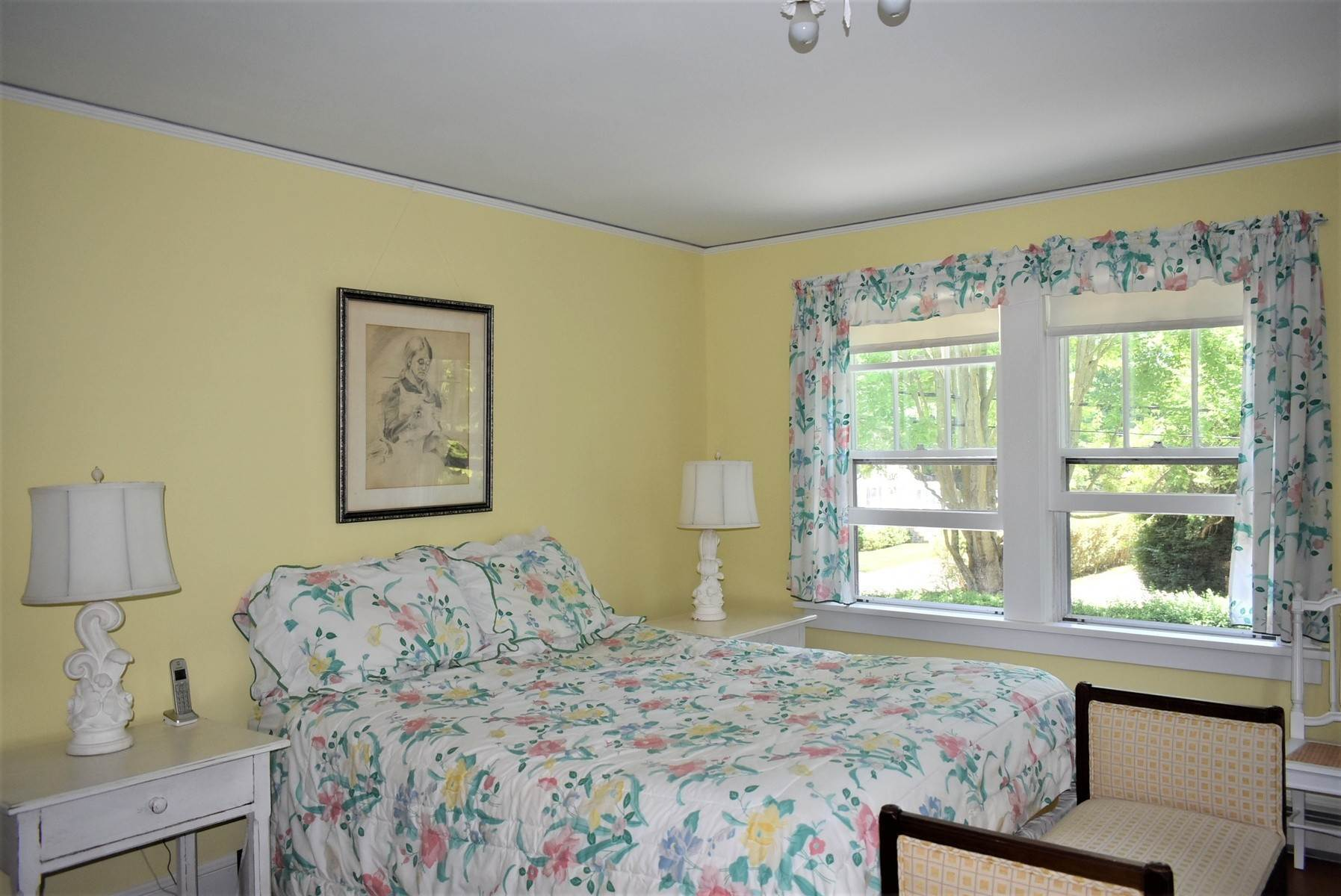 7. Single Family Home at Southampton Village Rental Southampton, NY 11968