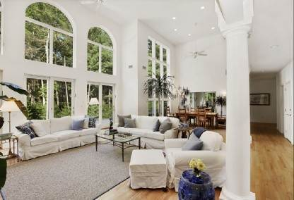 8. Single Family Home at East Hampton Estate With Tennis & Gym East Hampton, NY 11937