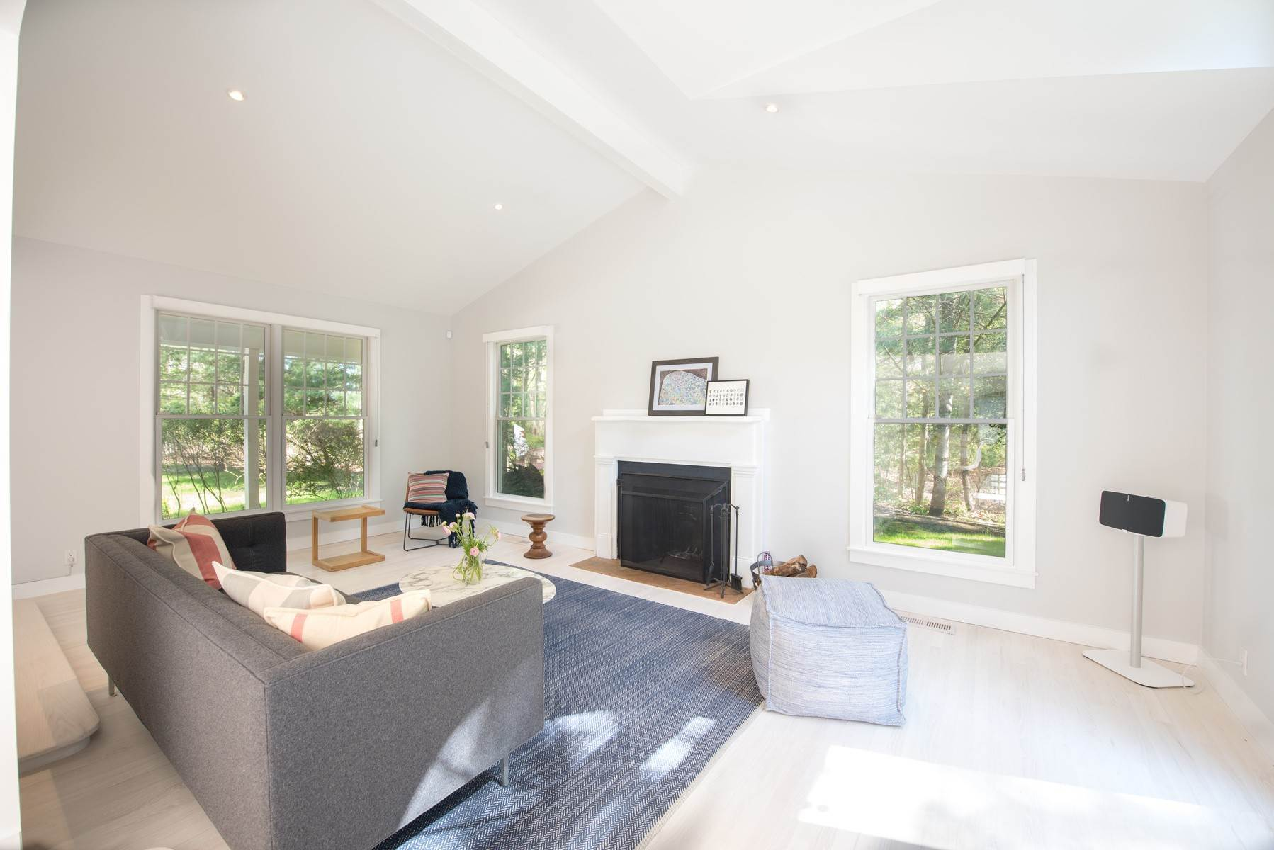 2. Single Family Home at Renovated Perfect Summer Getaway! Sagaponack, NY 11962