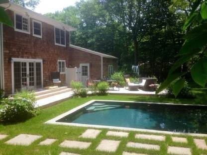 14. Single Family Home at Water Mill 3/4 Br Traditional Water Mill, NY 11976