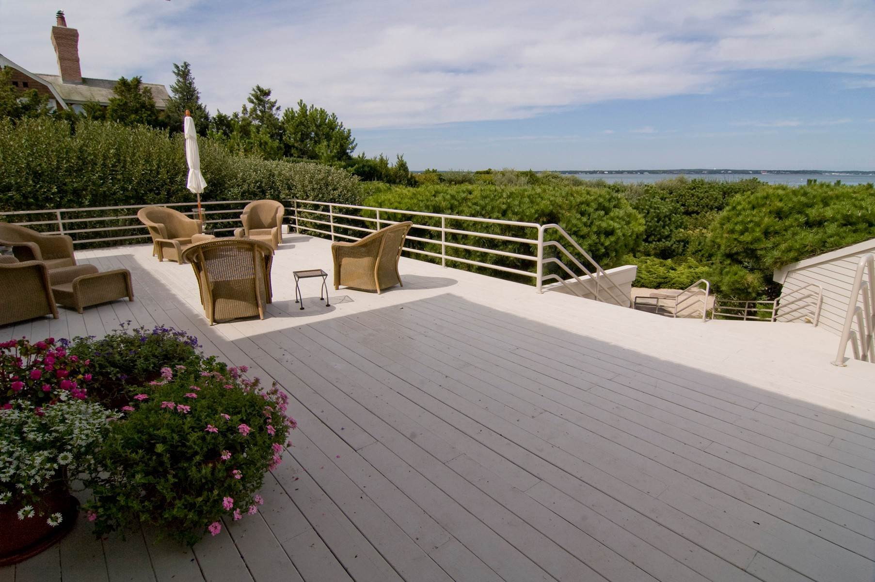 15. Single Family Home at Oceanfront ~ Southampton Village Southampton, NY 11968