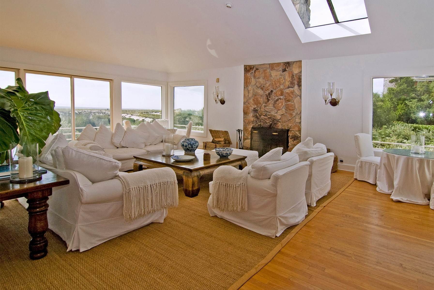 5. Single Family Home at Oceanfront ~ Southampton Village Southampton, NY 11968