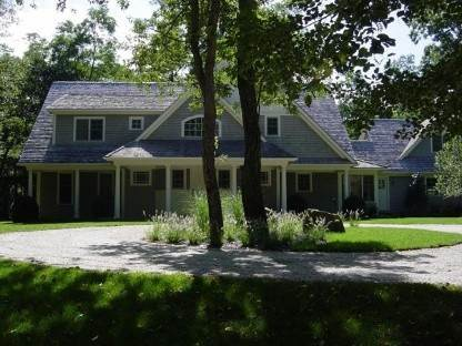 2. Single Family Home at North Haven: Spectacular Traditional Sag Harbor, NY 11963
