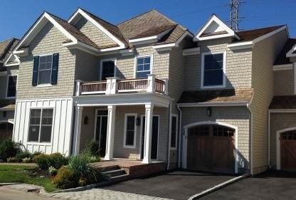 Single Family Home at Bishops Pond Condo Southampton, NY 11968