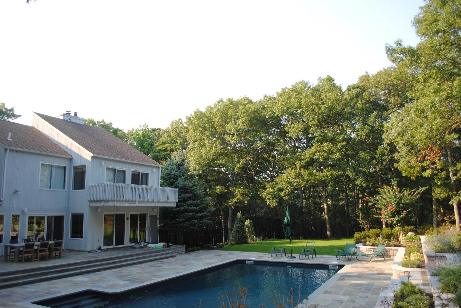 11. Single Family Home at Sag Harbor Home W Heated Pool Sag Harbor, NY 11963