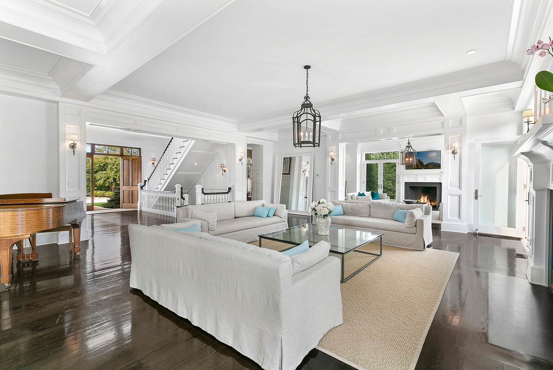 8. Single Family Home at Sagaponack Estate With Farm Views 515 Parsonage Lane, Sagaponack Village, NY 11962