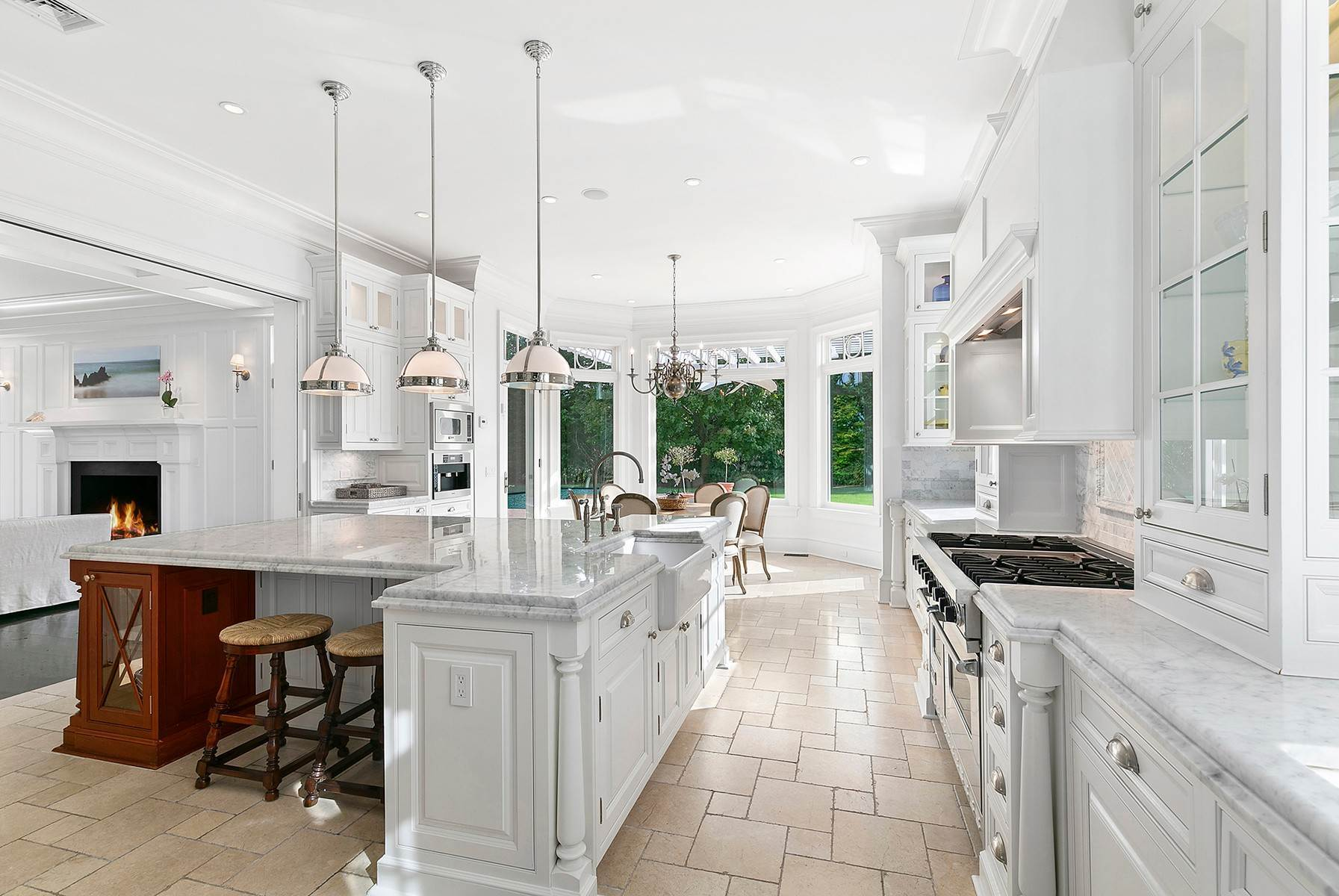 12. Single Family Home at Sagaponack Estate With Farm Views 515 Parsonage Lane, Sagaponack Village, NY 11962