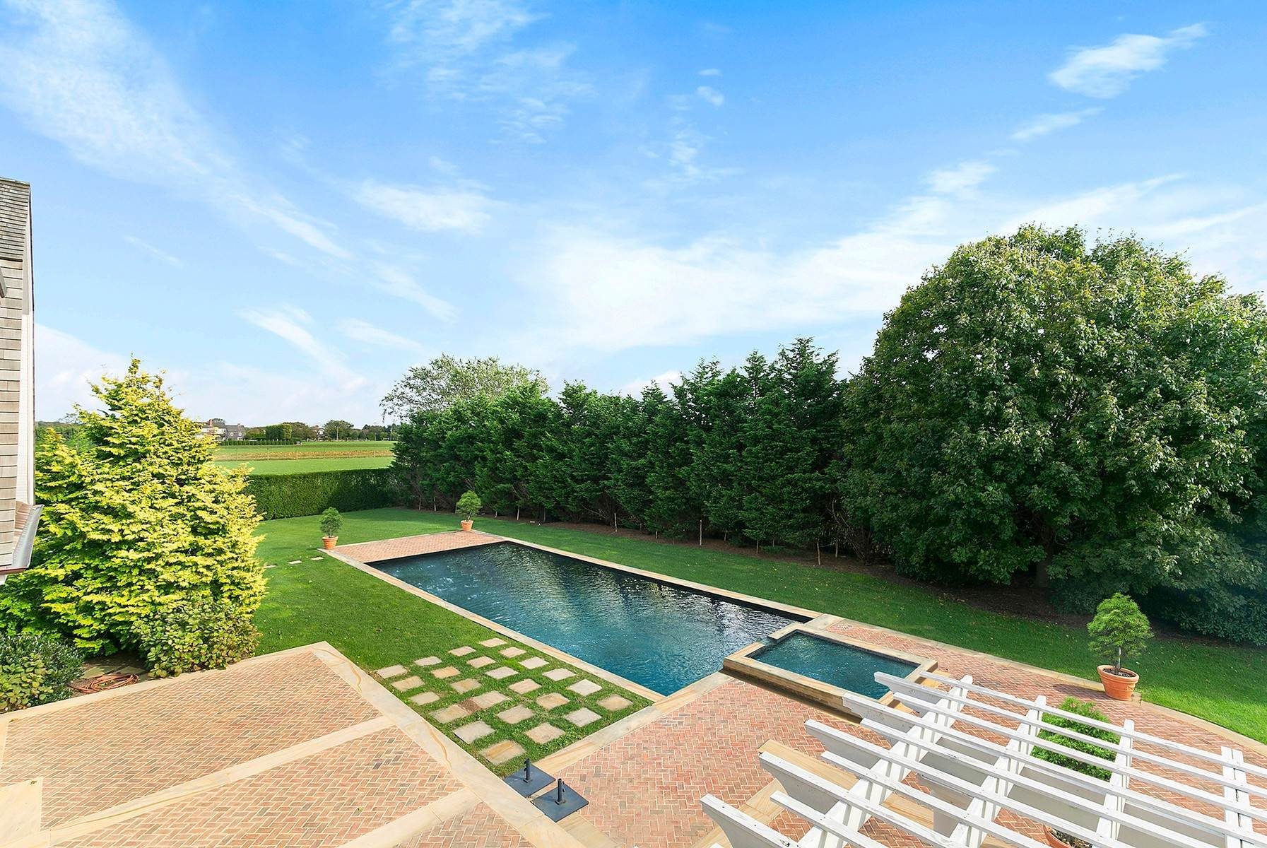 5. Single Family Home at Sagaponack Estate With Farm Views 515 Parsonage Lane, Sagaponack Village, NY 11962