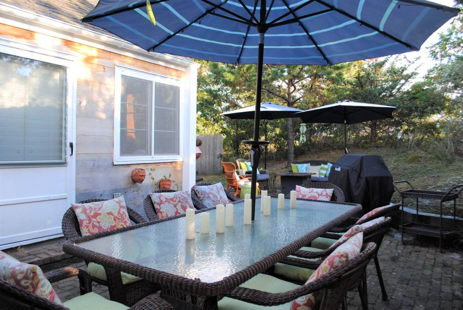 18. Single Family Home at Amagansett Dunes Summer Beach Cottage Amagansett, NY 11930