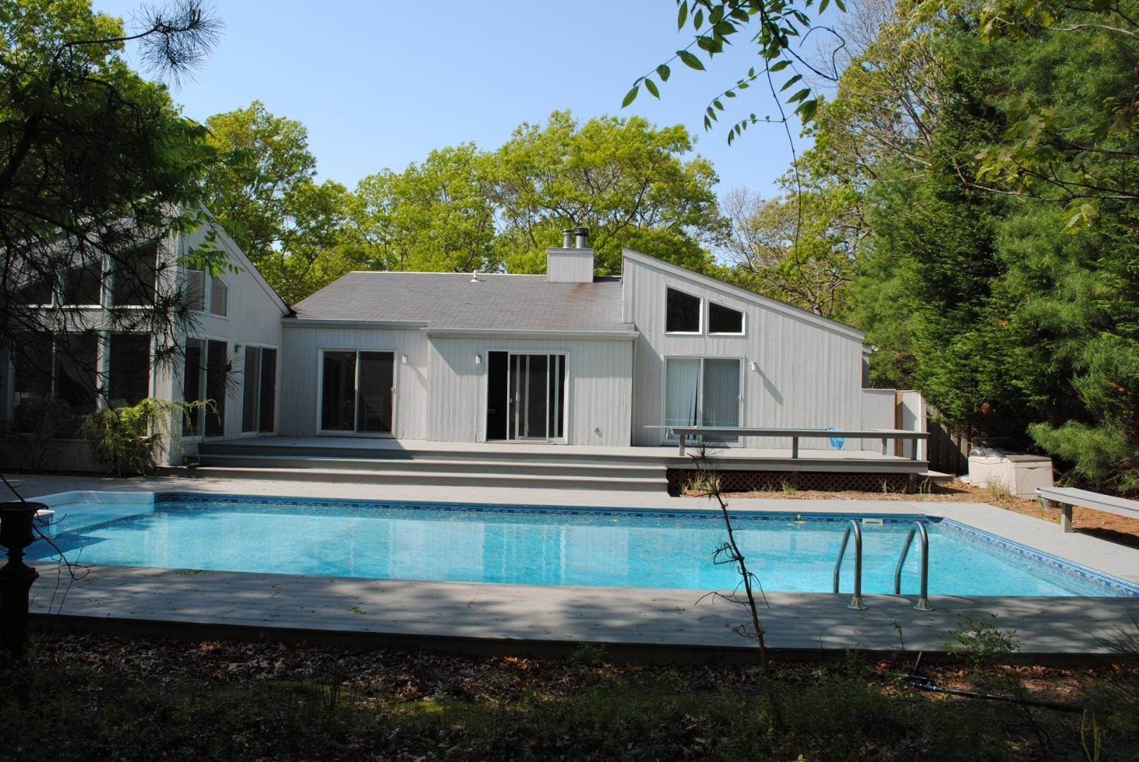 Single Family Home at Great Spot For Relaxing In East Hampton East Hampton, NY 11937
