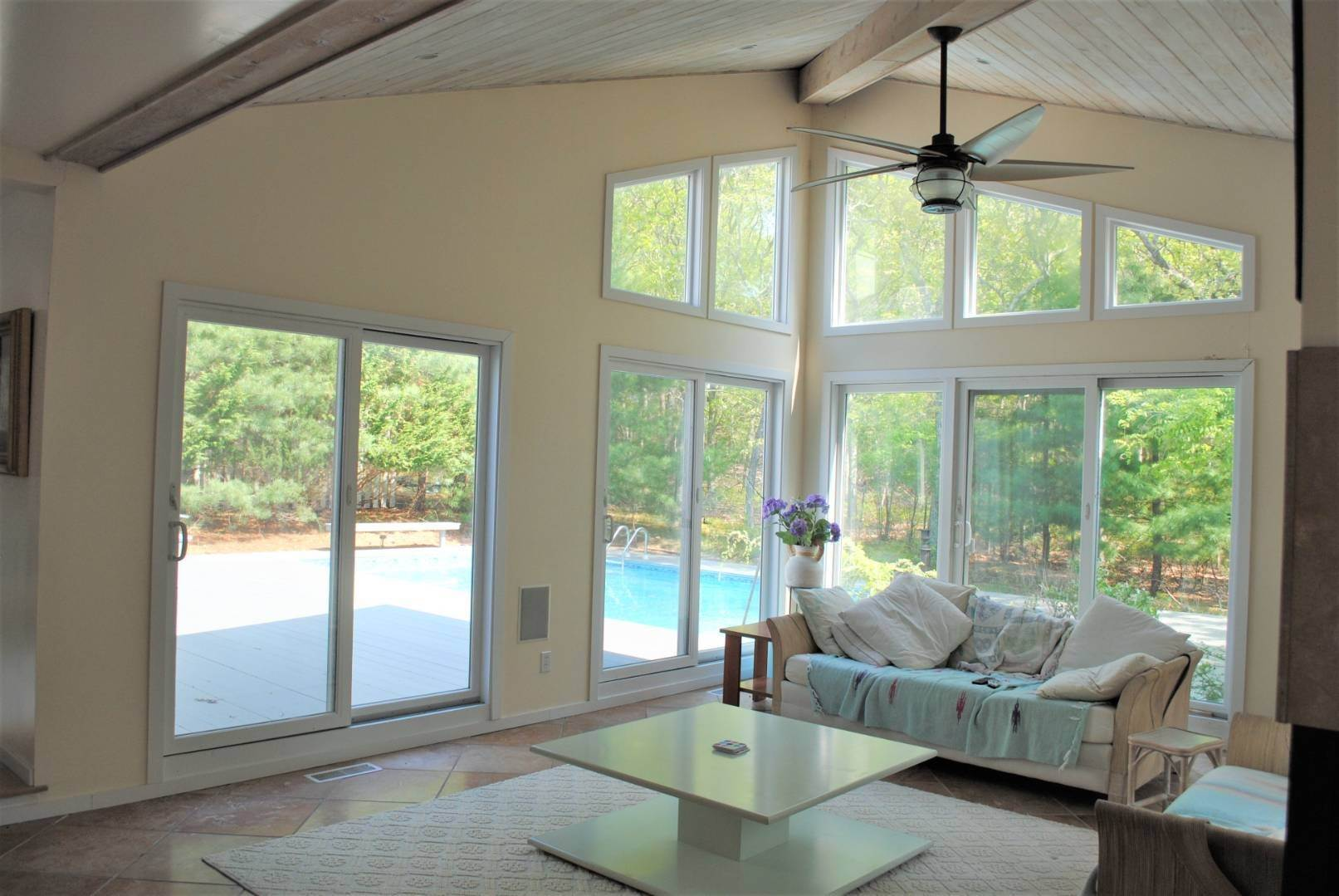 9. Single Family Home at Great Spot For Relaxing In East Hampton East Hampton, NY 11937