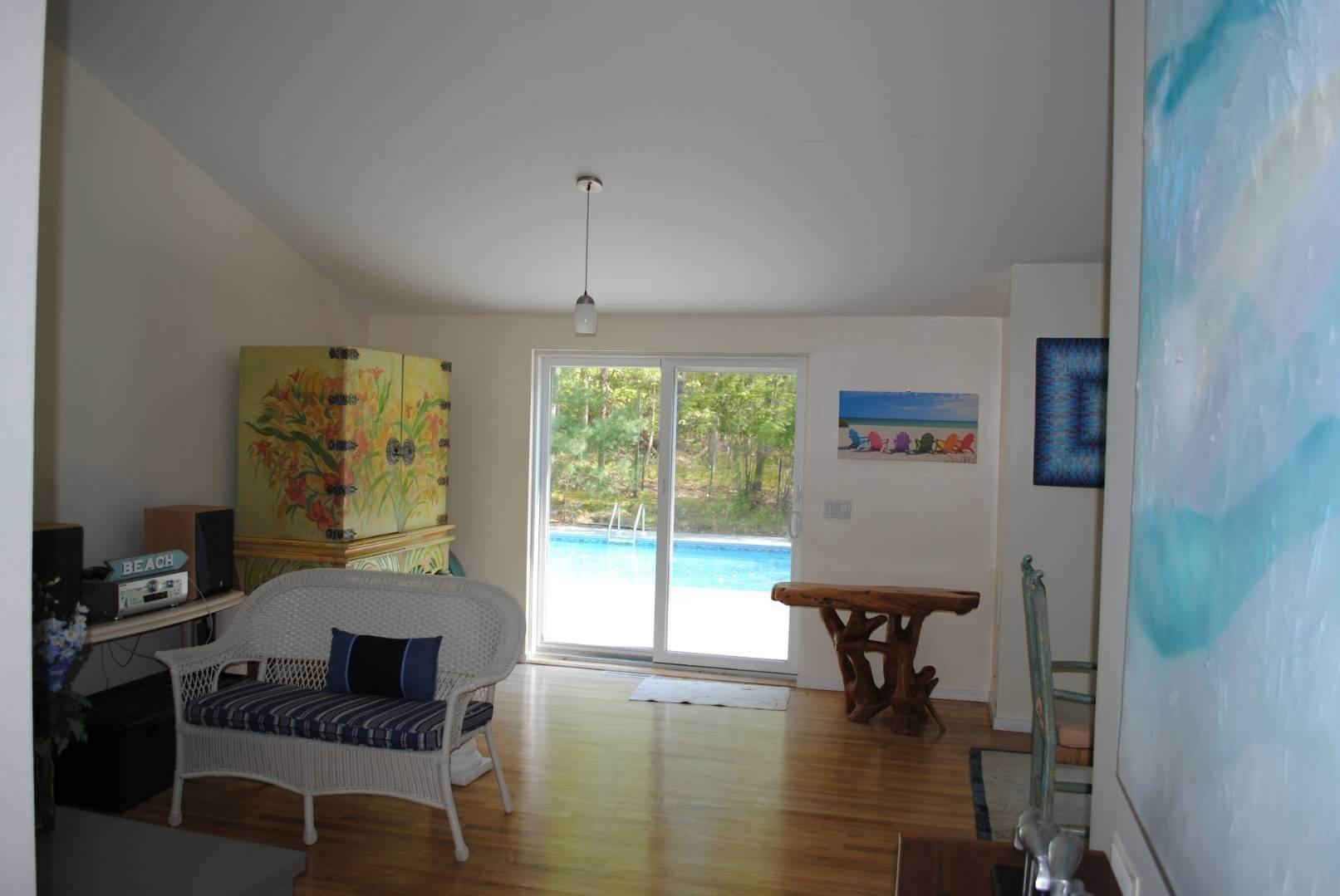 14. Single Family Home at Great Spot For Relaxing In East Hampton East Hampton, NY 11937