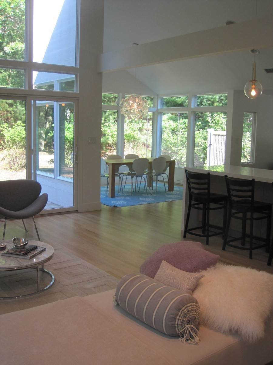 5. Single Family Home at East Hampton 2021 Rental With Pool East Hampton, NY 11937