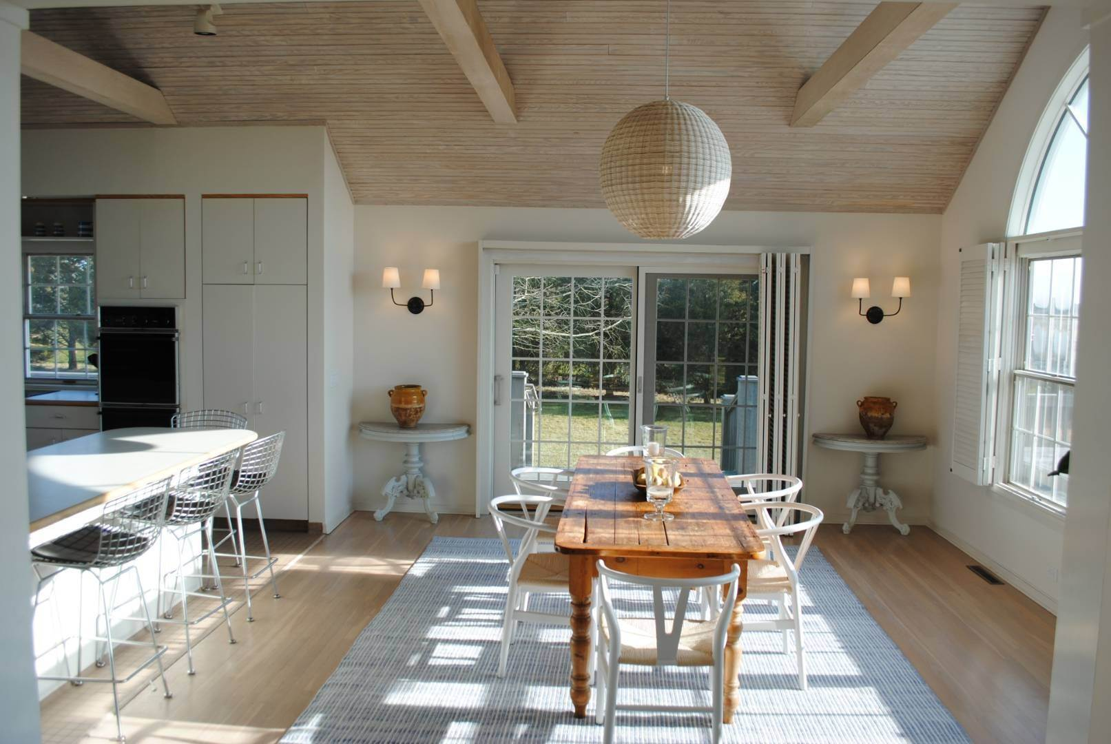 3. Single Family Home at Pristine Qugoue South Rental With Pool Quogue Village, NY 11959
